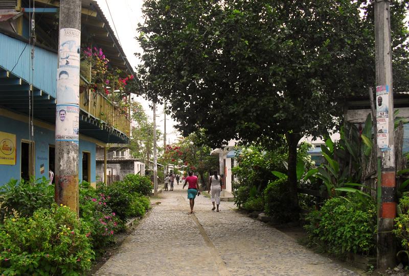 Street life in tranquil Capurgana